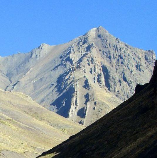 Cerro Vega – Abril